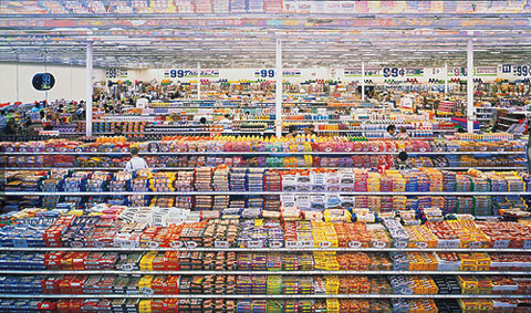 Andreas Gursky, 99 Cent II Diptychon