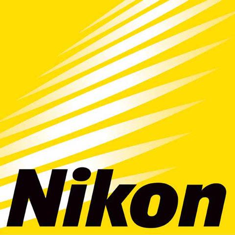 Nikon, vuelta a la palestra