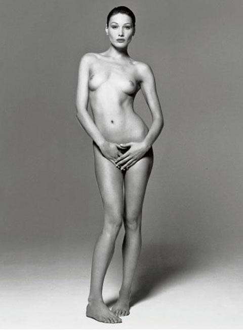 Un desnudo de Carla Bruni vendido por 57.000€